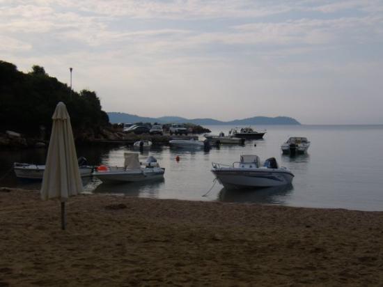 Paou, Greece: Καλημέρα Κατηγιώργη