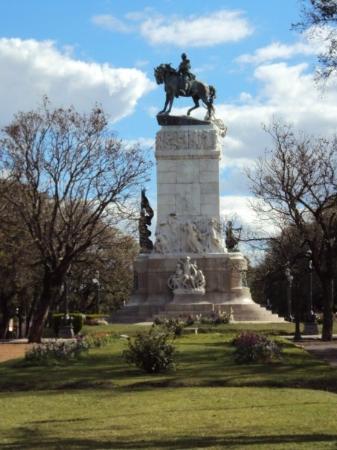 Parana, Argentina: Monumento a Justo José de Urquiza