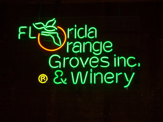 ‪Florida Orange Groves and Winery‬