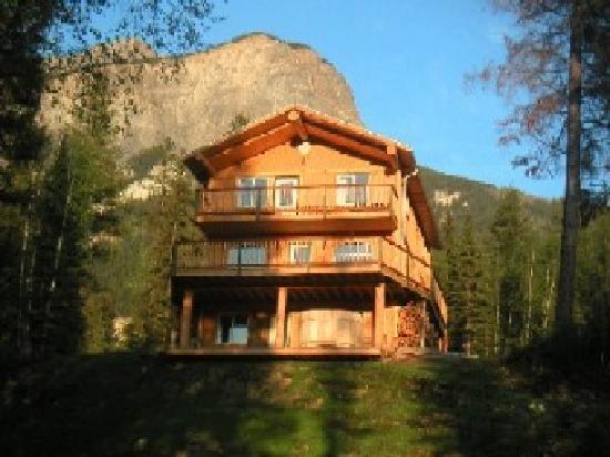 Quantum Leaps Lodge: The Main Lodge