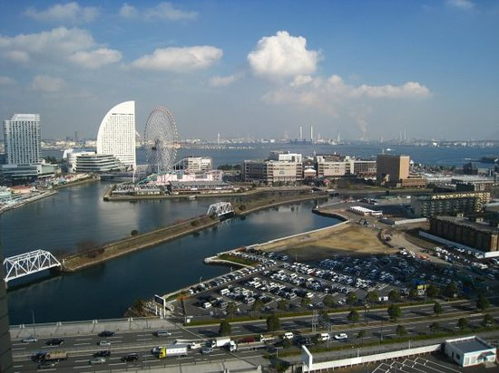‪Yokohama Bay Side Marina‬