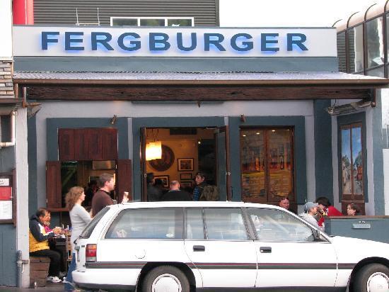 Fergburger: Shop front