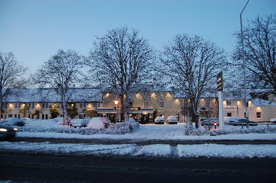 Gerrards Cross, UK: Snowy December
