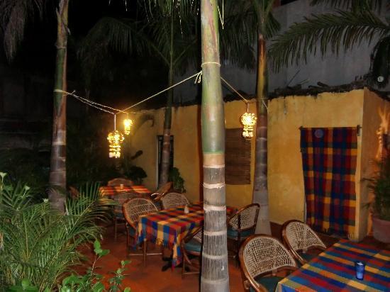 La Cruz de Huanacaxtle, México: New outdoor space