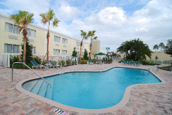 Quality Inn & Suites Near Fairgrounds Ybor City: Pool