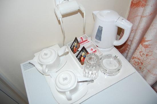 Hotel Mirabello: Coffee maker