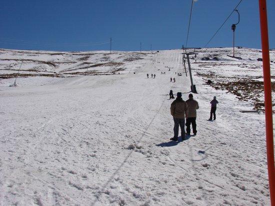 AfriSki Ski and Mountain Resort: Going up ski lift