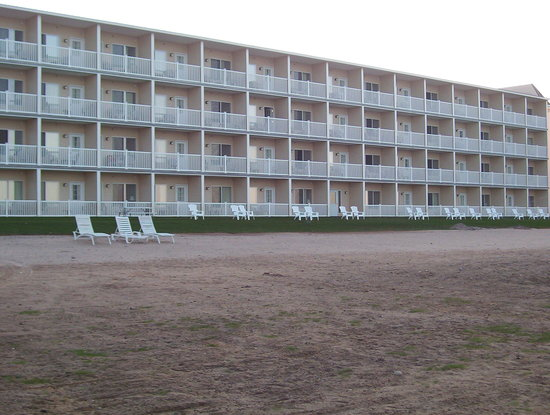 Mackinaw Beach and Bay - Inn & Suites: View from the Water
