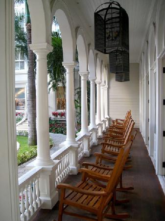 Moana Surfrider A Westin Resort u0026 Spa Antique rocking chair at the hotel entrance & Antique rocking chair at the hotel entrance - Picture of Moana ...
