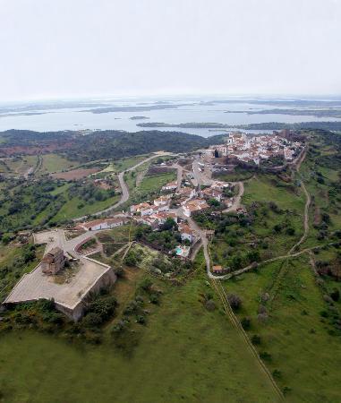 inserida em Monsaraz e Alqueva
