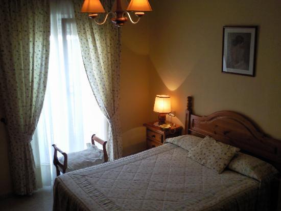 Hostal Malaga: Habitacion de Matrimonio