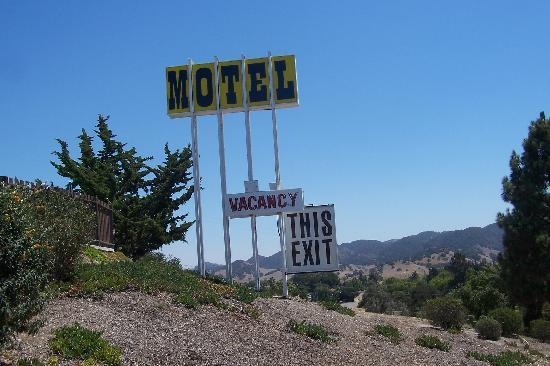 The Skyview Motel: What you see from the 101 fwy