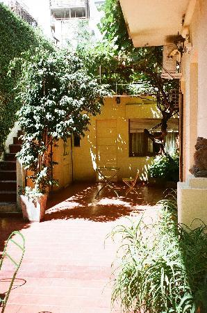 Solar Soler Bed & Breakfast: Charming patio