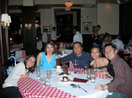 Maggiano's Little Italy : Maggianos