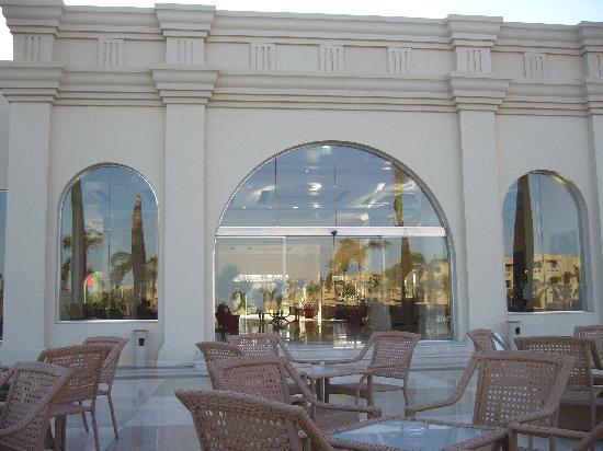 Rixos Sharm El Sheikh : terrazzo hotel intrattenimento