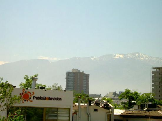 Hotel del Patio: view of Andes mountains from deck