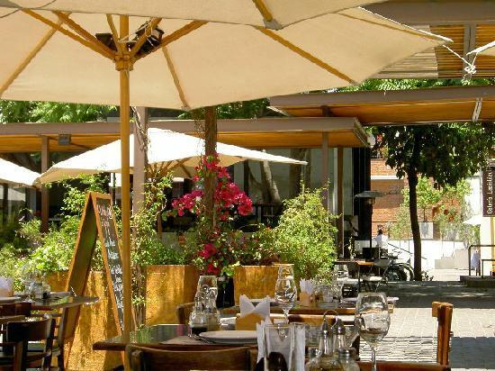 Hotel del Patio: artisan market