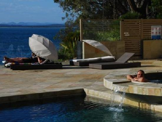 Nelson Bay, Australië: The pool area