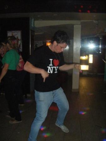 ScuBar: Dan attempting 2 dance