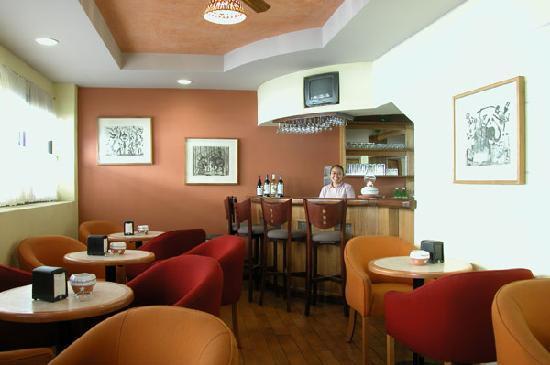 Hotel Casa Cue: Bar