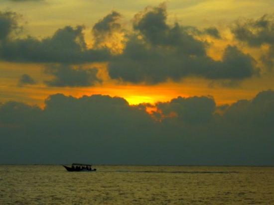 Пулау-Пангкор, Малайзия: Boat & Sunset, Pulau Pangkor
