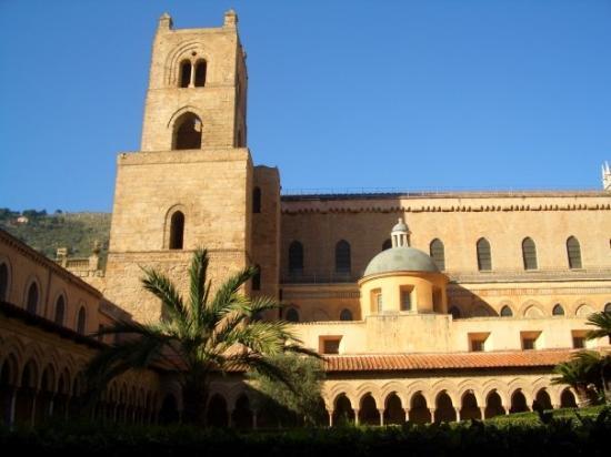 Duomo di Monreale: CATTEDRALE DI MONREALE,IL CHIOSTRO