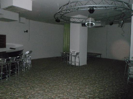 Desire Beach Hotel: Disco Area (Closed when picture was taken)