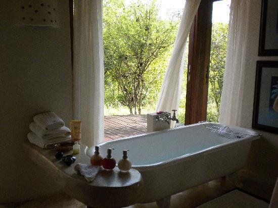 Impodimo Lodge Best Bath Ever