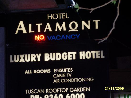 Altamont Hotel Sydney - by 8Hotels: sign