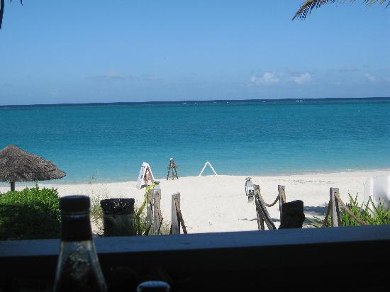 Sibonne Beach Hotel: Bay Bistro Walkway