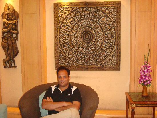 Ratchada City Hotel: Lobby