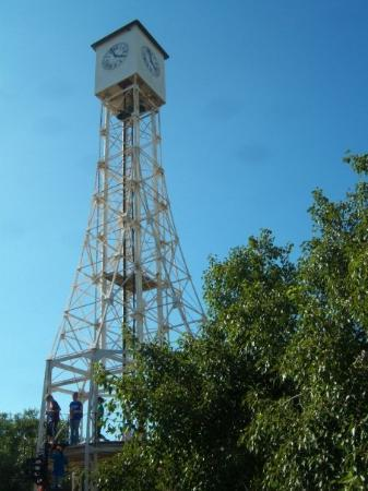 Monte Cristi, Доминикана: Clock tower in the center of town, created by the same guy who designed the Eiffel tower.