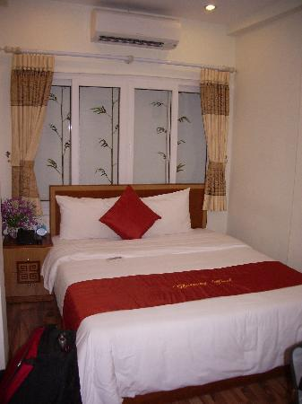 Hanoi Charming Hotel: My home for 2 months (1)