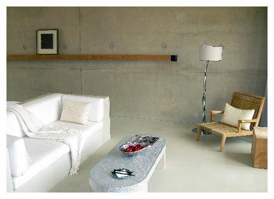 Amangiri: Sitting area in suite 19.