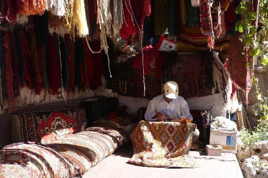 Tejedor De Alfombras Capadoccia Turquia Foto Di Turchia