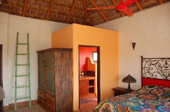 CalyCanto Casitas: The Master Suite w/ Indoor/Outdoor Shower