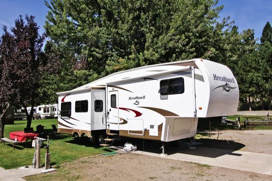 McCloud Dance Country RV Resort : RV Site