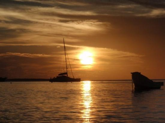 Por de sol em Nungwi, Zanzibar, Tanzania