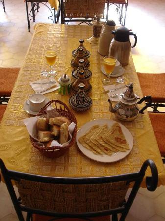 Takojte Hotel: Breakfast - Yummy!