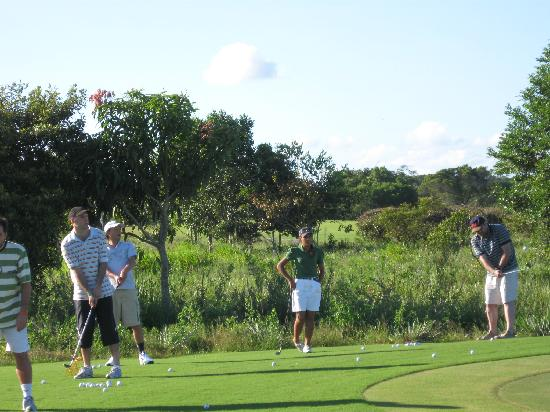 Club Med Trancoso: clase de golf en terravista