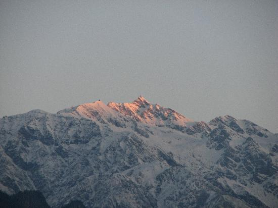 Sarahan, Indien: Shrikhand Mahadev Peak Early morning view