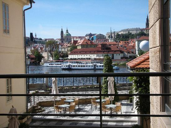 Four Seasons Hotel Prague: overlooking the outdoor restaurant