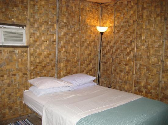 كوسراي فيلدج إكولودج: our bedroom in the VIP suite