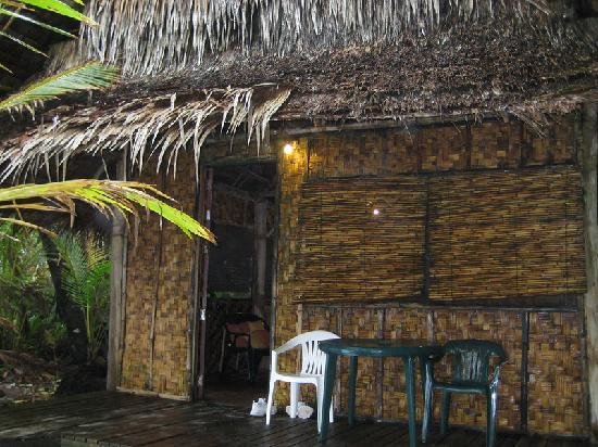 Kosrae Village Ecolodge & Dive Resort: front of hut