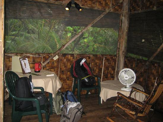 Kosrae Village Ecolodge & Dive Resort: main room of VIP suite