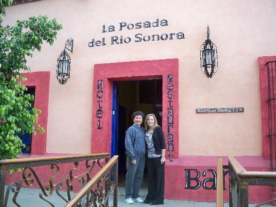 La Posada del Rio Sonora: Irma and Rosie