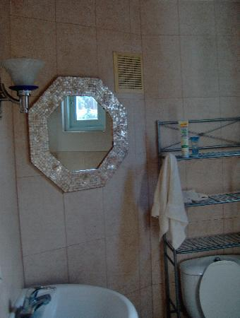 Oceana Hostal Playero: bathroom