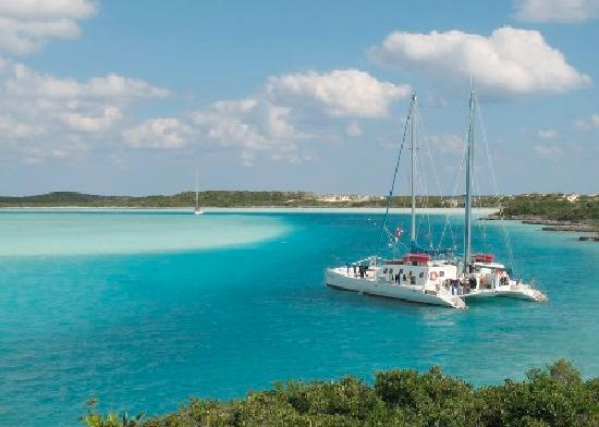 Exuma Cays Land and Sea Park: The anchorage at Warderick Wells