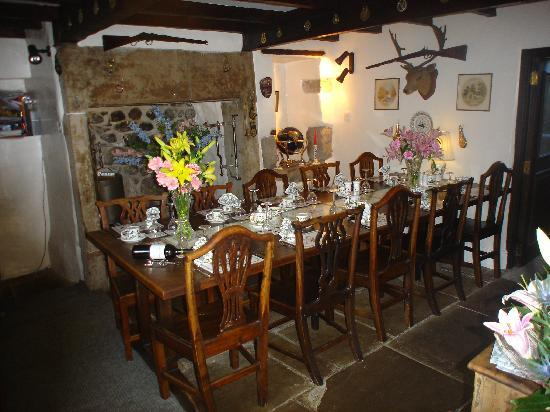 Grassington, UK: Take a seat at our dining table