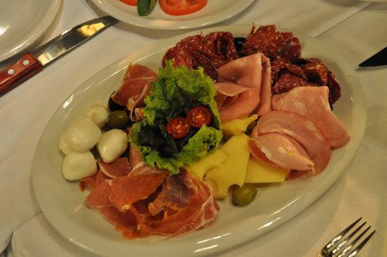 Lo de Jesus: Fabulous Food